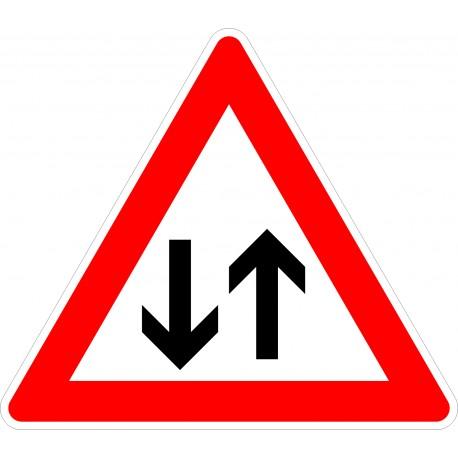 Verkehrszeichen-Nr.: 125 Gegenverkehr
