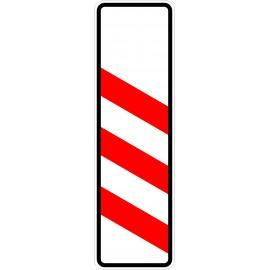 Verkehrszeichen-Nr.: 157-20 dreistreifige Bake, Aufstellung links