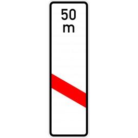 Verkehrszeichen-Nr.: 162-21 einstreifige Bake, Aufstellung links mit Entfernungsangabe