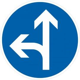 Verkehrszeichen-Nr.: 214-10 Vorgeschriebene Fahrtrichtung geradeaus oder links